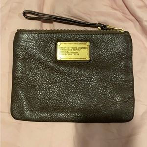 Like new Marc by Marc Jacobs wristlet